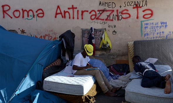 Varför flyr asylsökandeItalien?